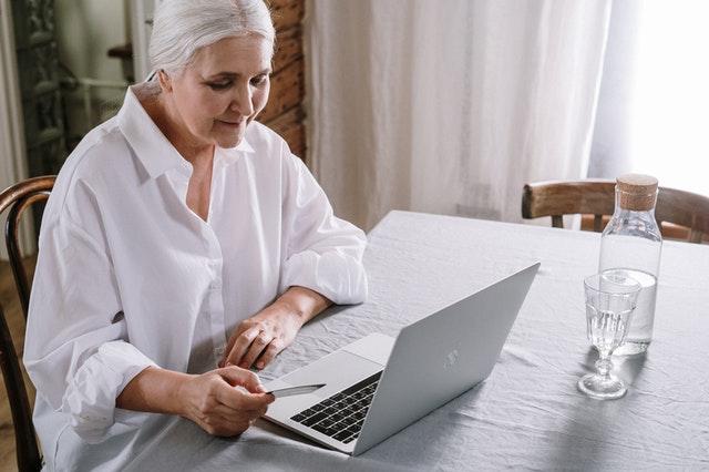 A importância da informática para idosos